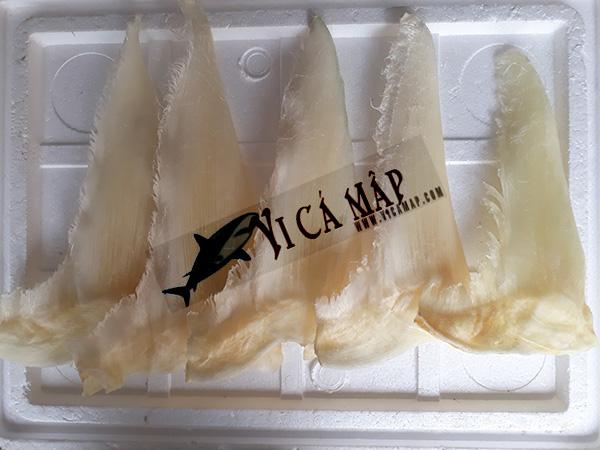 Vi cá mập nguyên vây đuôi 5 vây 1kg
